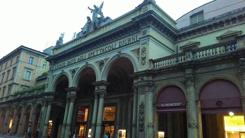 Teatro Arena del Sole en Bolonia