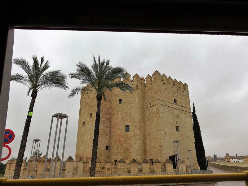 Torre Calahorra desde bus turístico