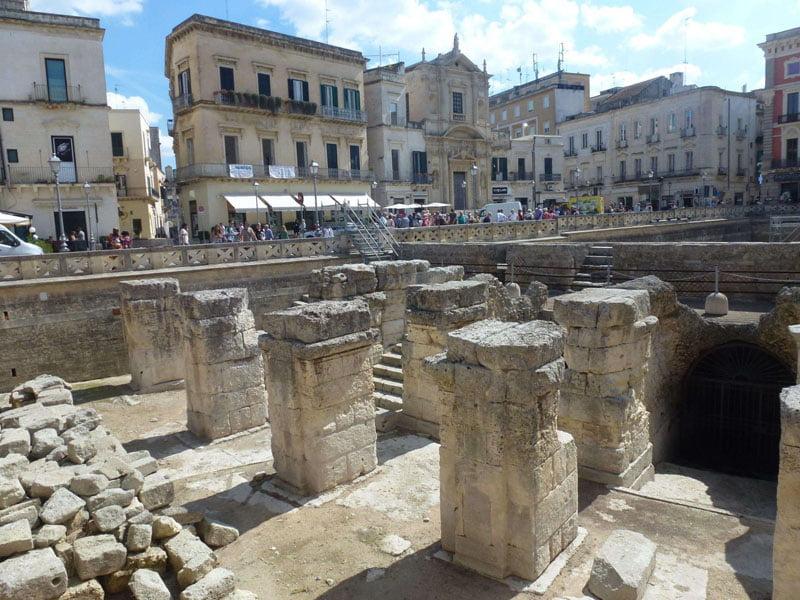Anfiteatro romano en la plaza del Sedile