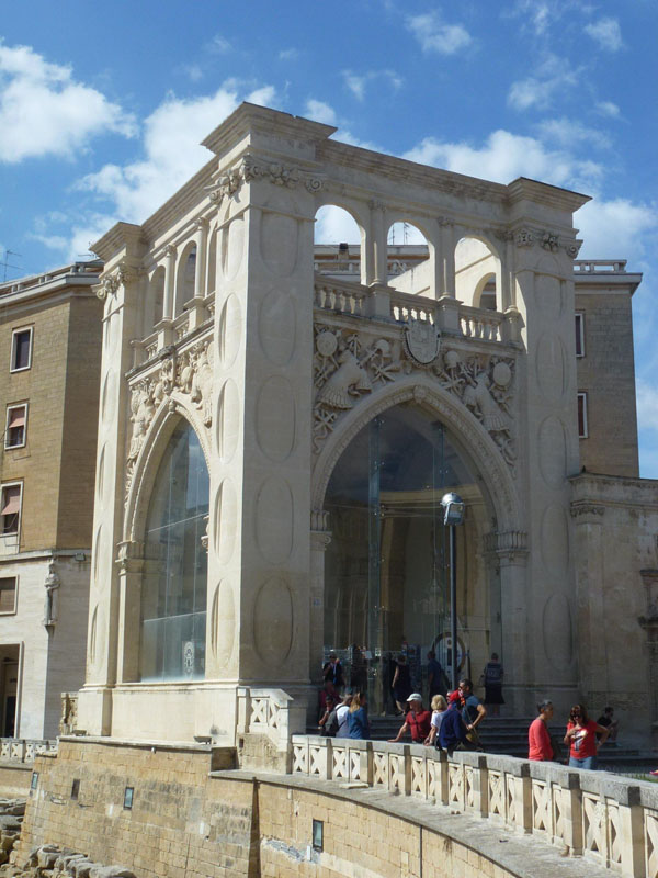 Il Sedile, plaza de San Oronzo
