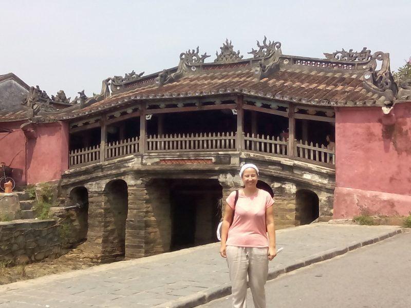 Puente cubierto en Hoi An en Vietnam