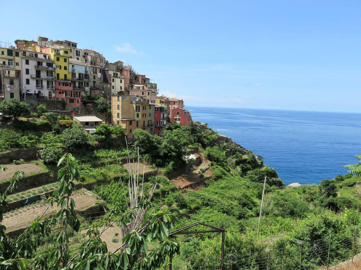 Corniglia en la Cinque Terre_ Liguria_Italia
