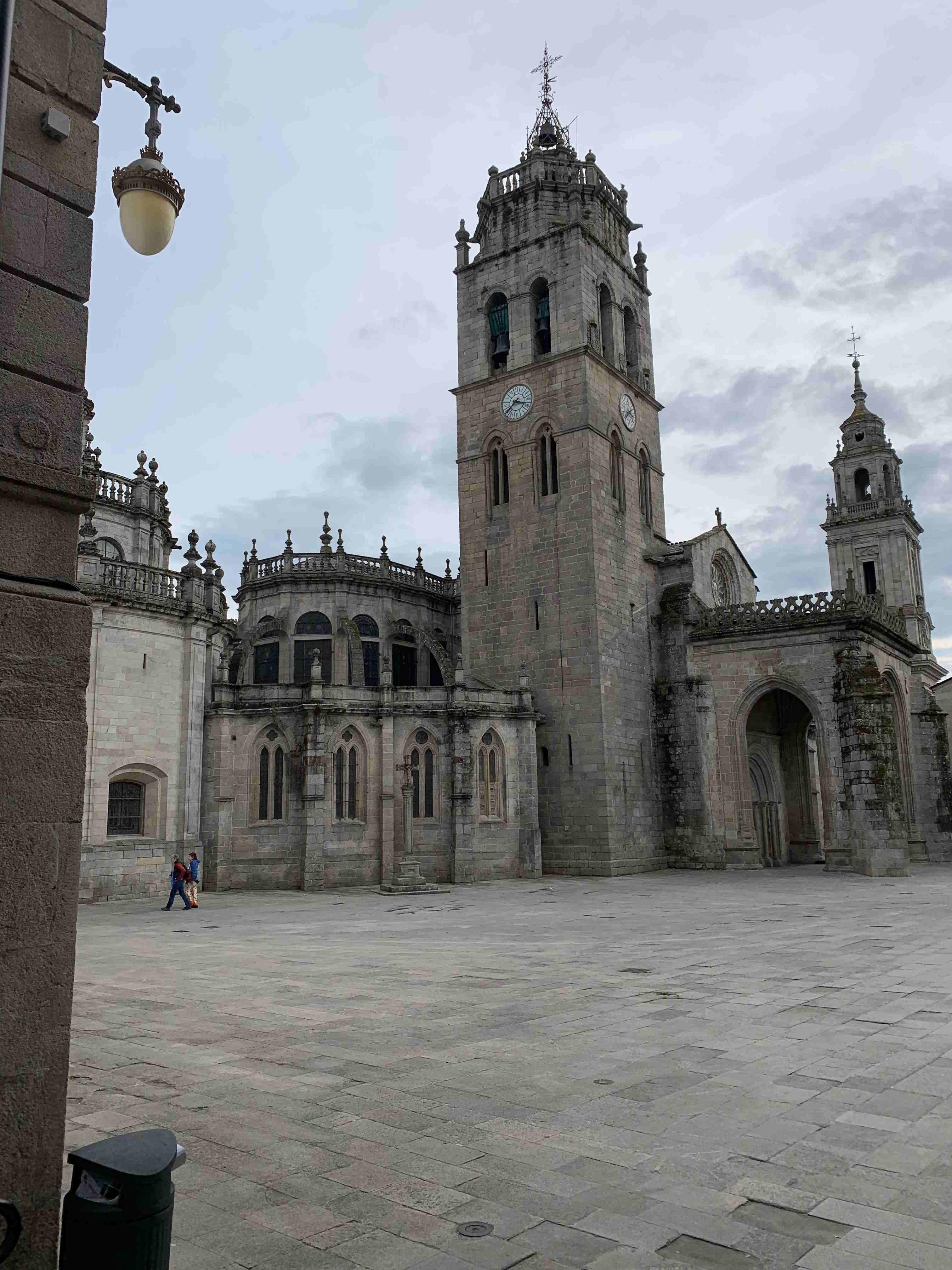 Lugo su muralla y más
