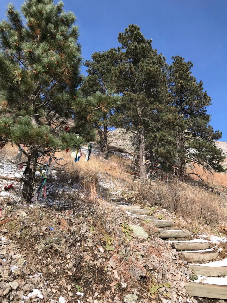 Ascendiendo por Bear Butte State Park