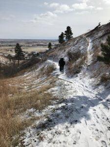 Senderismo por Bear Butte State Park