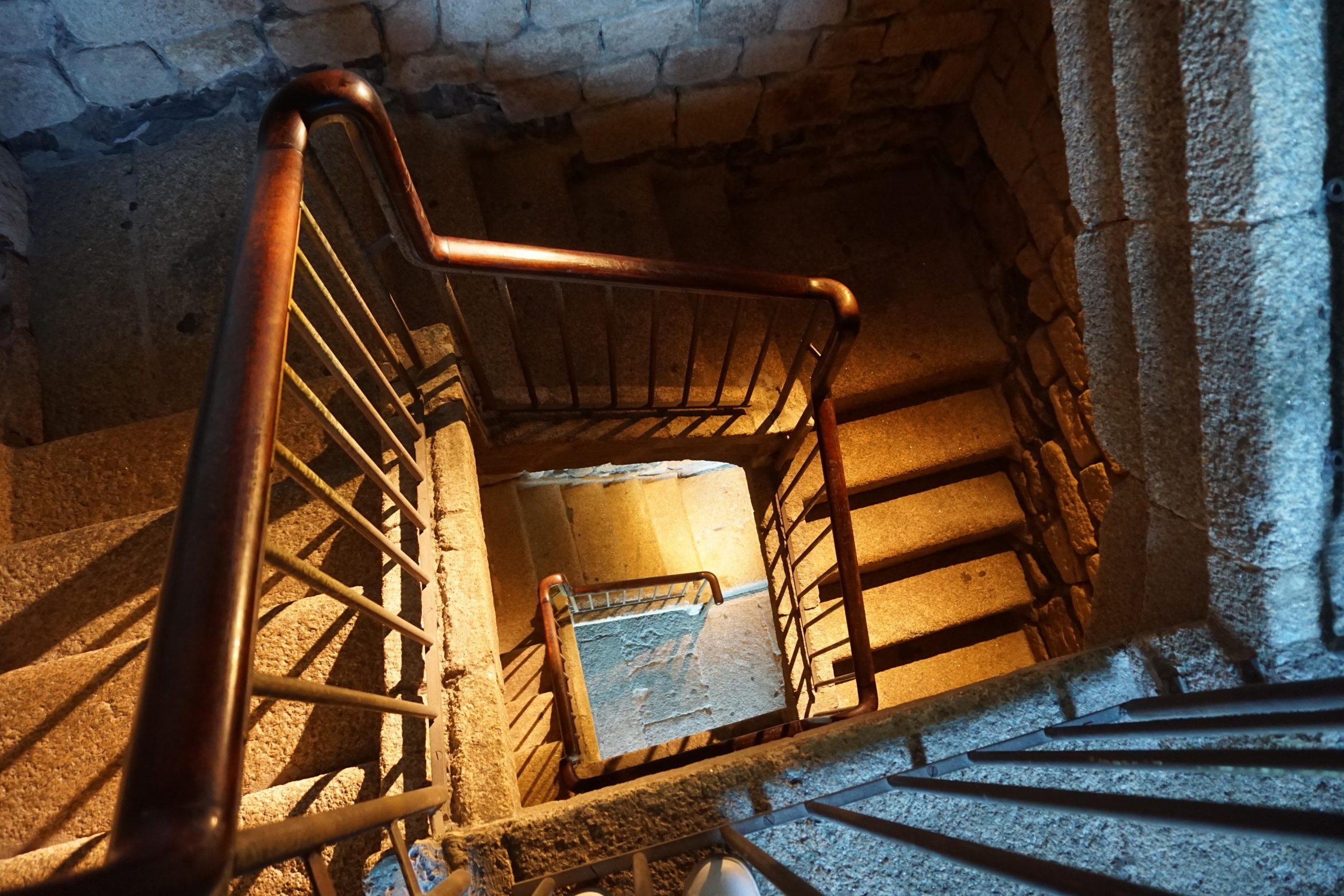 Escaleras de la Torre